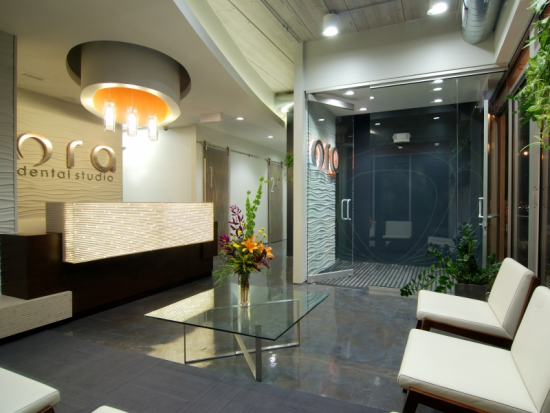 ORA Dental Studio Wicker Park Patient Lounge 1